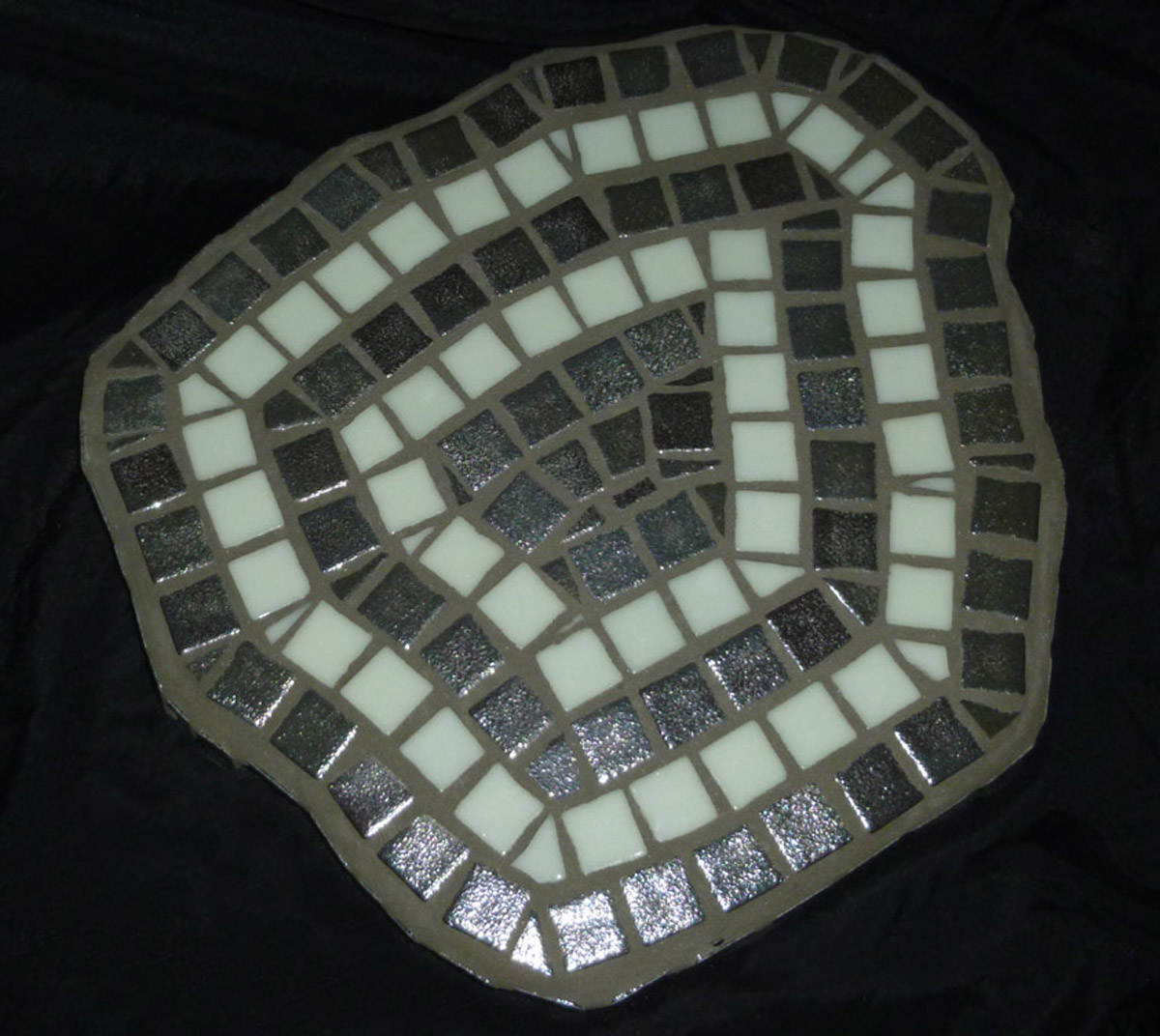 Examples Of Glow In The Dark Mosaics Robin Indar